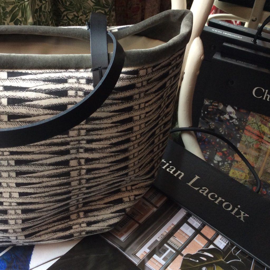 クリスチャンラクロワのインテリアテキスタイルで作ったバッグ